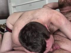 Dicksucking Bear Breeding With His Boyfriend