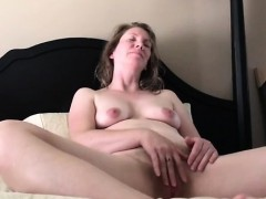 Amateur Milf Playing With Her Pussy