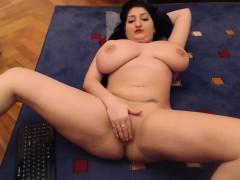 pregnant-big-boobs-bbw-tit-fucks-dildo