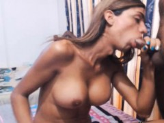 hot-sexy-tranny-gets-a-nice-anal