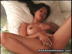 hot-bigtits-asian-beauty-stuffs-her-part1