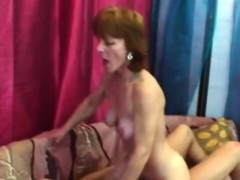 Slim Mature Slut Is All In For A Relaxing Fuck