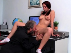 Honey Gives A Steamy Oral Pleasure