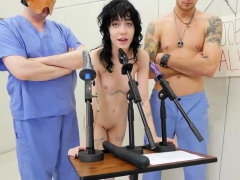 kinky-nympho-was-brought-in-ass-hole-asylum-for-awkward-ther