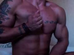 Bodybuilders Masturbate His Dicks Live At Cruisingcams Com