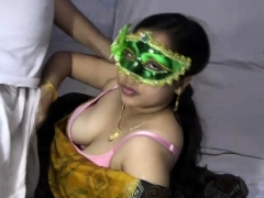mature indian milf bhabhi velamma blowing big cock