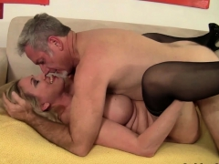 mature-slut-sucks-a-cock-and-takes-it-in-her-twat