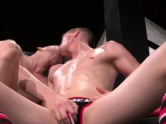 Gay Leather Fist Men First Time Axel Abysse And Matt