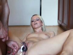 peeonher-daily-routine-pissing-inside-pussy