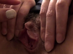 asian-touches-les-pussy