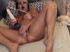 Sexy Mommy Will Make You Cum