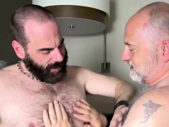 steve-sommers-and-will-stone-make-a-hairy-fuck-party