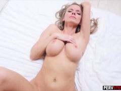 Busty Milf Stepmom Learned Her Stepson What She Need