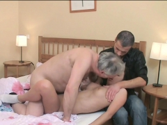 Youthful Playgirl Licked And Gives A Oral To An Old Dude