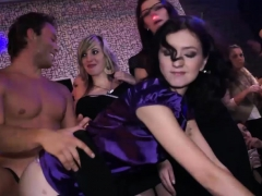 group-fucking-at-a-kinky-party