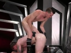 Anal Fist Gay The Hunks Reach Orgasm When They Lay Back