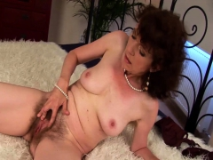 wild-sex-with-my-hairy-stepmom