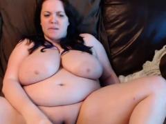 Busty Bbw Fucks Her Toys On Webcam