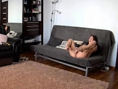hidden-camera-amateur-fingering-and-using-huge-toy-in-her