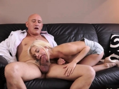 old-man-anal-hd-horny-platinum-blonde-wants-to-attempt