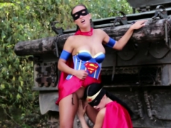 Superheroes In Lesbo Lick And Suck