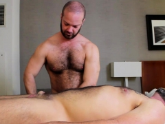 musclebull-power-fucks-topher-raw