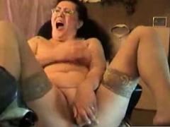 Great Hidden Cam Of My Slut Mum Masturbating On Cam