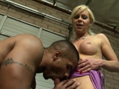 Mature Shemale Creampied