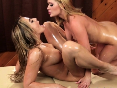 Lesbian Masseuse And Client Scissoring In Oil