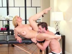 Hot Milf Blowjob With Massage