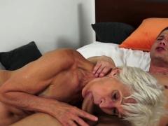 european-grandma-sucking-and-dickriding