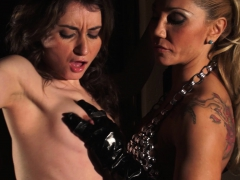 bdsm fingering spanish brunette – Free XXX Lesbian Iphone