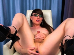 Solo Ts Wanks While Stuffing Ass With Dildo