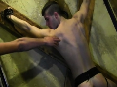 muscle-gay-spanking-and-facial