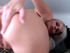 amateur piercing milf camgirl showing massive ass on webcam