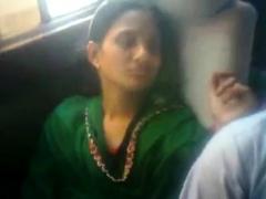 bangladeshi-lover-in-bus