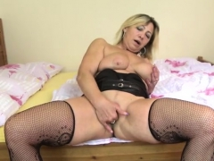 Hot Mature Blowjob And Cumshot