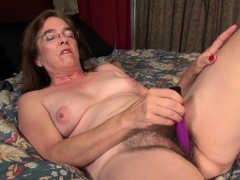 usawives-hairy-ladies-and-hot-matures