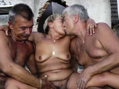 omahotel pictures of grannies and moms PornBookPro