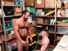 gay-man-cops-pissing-free-19-yr-old-caucasian-male