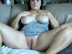 mature-big-boobs