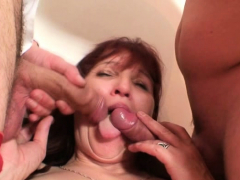 old-mature-woman-swallows-two-cocks-at-once