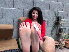 slut fetish foot plays