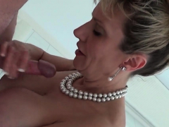 Adulterous British Milf Lady Sonia Showcases Her Gian98tys Porn Video