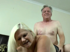 granny-gets-pussy-pounded