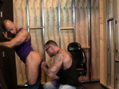 rimming-ripped-hunk-cums