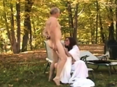 mature-couple-outdoor