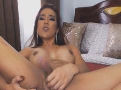 Pretty Hot Tranny Jerk Her Big Cock