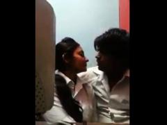 couple-kissing-passionately