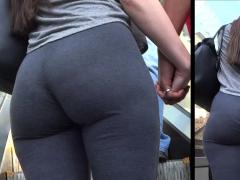 pawg butt jiggle spandex